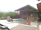 まきばの湯の露天風呂、かけ流しでお湯も景色も気持ちがいい。お勧めの温泉です。